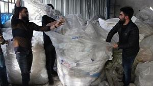 Çöpten yıllık 2 milyon TL kazanıyorlar