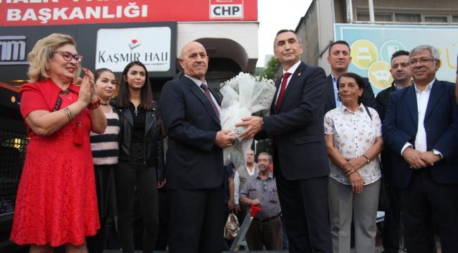 CHP Aliağa'da Özcan Durmaz aday adaylığını açıkladı