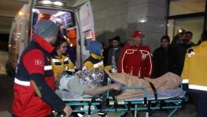 Vali, Soma'da yaralı işçileri ziyaret etti