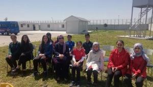Mülteci kampındaki çocuklar da güldü