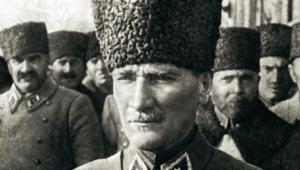 'Kemâl' 100. yıl anısına Karşıyaka'da
