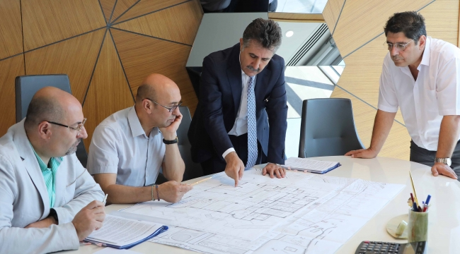 Bayraklı'da projeler masaya yatırıldı