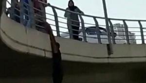 Bayraklı'da intihar girişimi