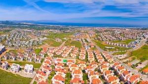 İzmir'de yüksek kira fiyatları ve kira gibi ödenen aidat ücretleri