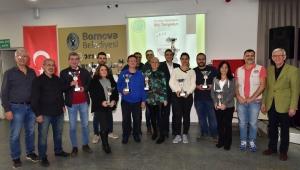 Bornova'da Briç Turnuvası heyecanı