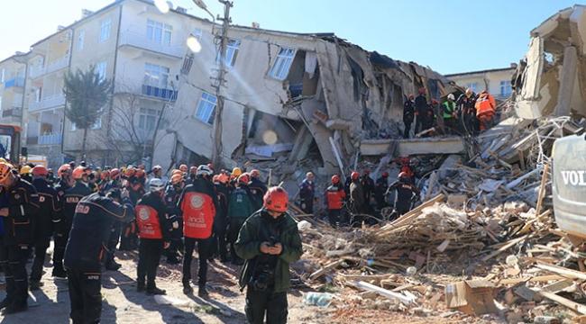 AFAD: 31 kişi hayatını kaybetti, enkazdan 45 kişi kurtarıldı