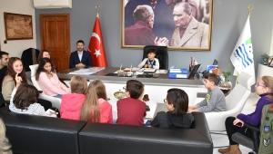 Foça'nın 'Çocuk Meclisi' ilk toplantısını yaptı