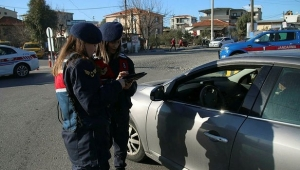 İzmir'de aranan 55 kişi yakalandı