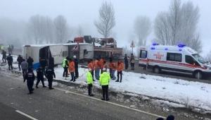 Metro Turizm'e ait otobüs devrildi: 4'ü ağır, 29 yaralı