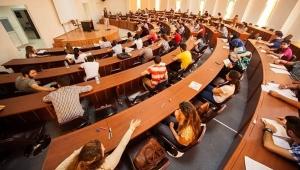 Üniversitelerde memnuniyet anketi: Tek artış İlahiyat'ta