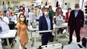 Bornovalılara 500 bin ücretsiz maske