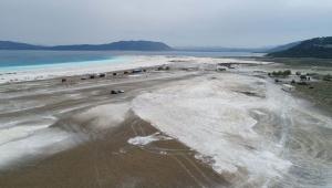 Salda Gölü'nün kıyısına şantiye kuruldu
