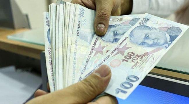 Ülkede kredi patlaması: Daha fazla borç için gaza basıldı