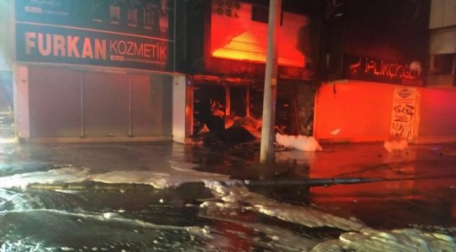 Gıda Çarşısı'ndaki yangın büyümeden kontrol altına alındı