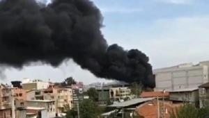 İzmir'de polyester fabrikasında yangın