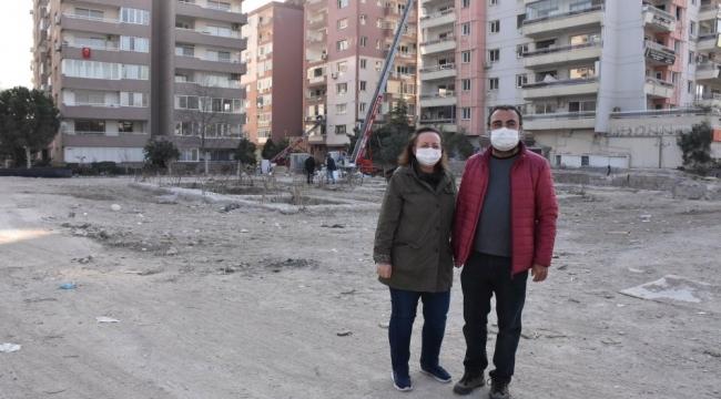 Depremde 4 evlat acısı yaşayan 2 anne: Rıza Bey Apartmanı'nın yerine çocuk parkı yapılsın