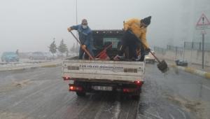 Buca Belediyesi'nden kar mesaisi