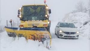 İzmir'e yılın ilk karı düştü!