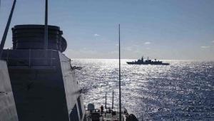 Ege'de Yunan savaş uçaklarından Türk gemisine taciz