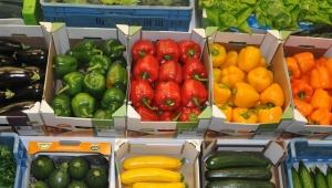 Rakamlar kafaları karıştırdı! 'Tarım ürünlerini ihraç etmek için ithal ediyoruz'