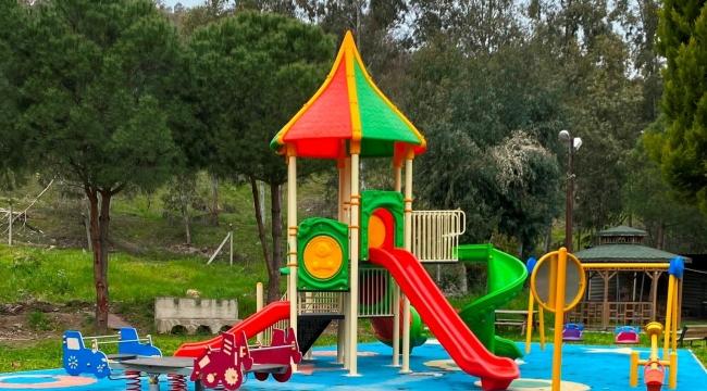Bayraklı yeni parklara kavuşuyor