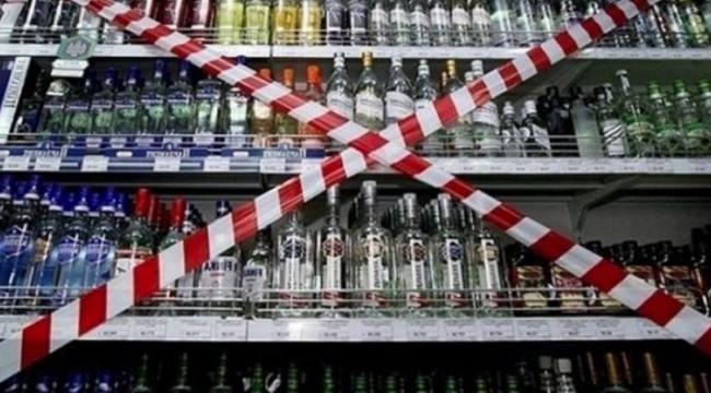 Alkol satışı yapan esnaf gözaltına alındı
