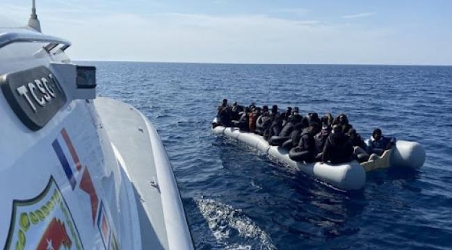Yunan unsurlarınca geri itilen 100 düzensiz göçmen kurtarıldı